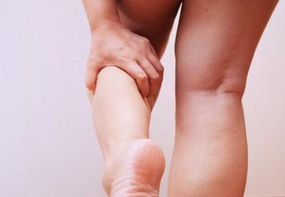 足がだるく重いむくみがあるを解消